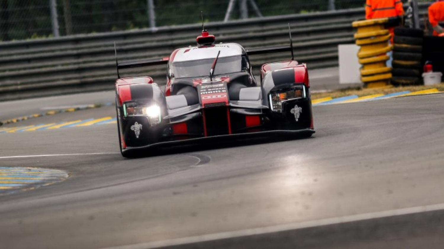 24 Hours of Le Mans Free Practice - Audi leads at the half-way stage