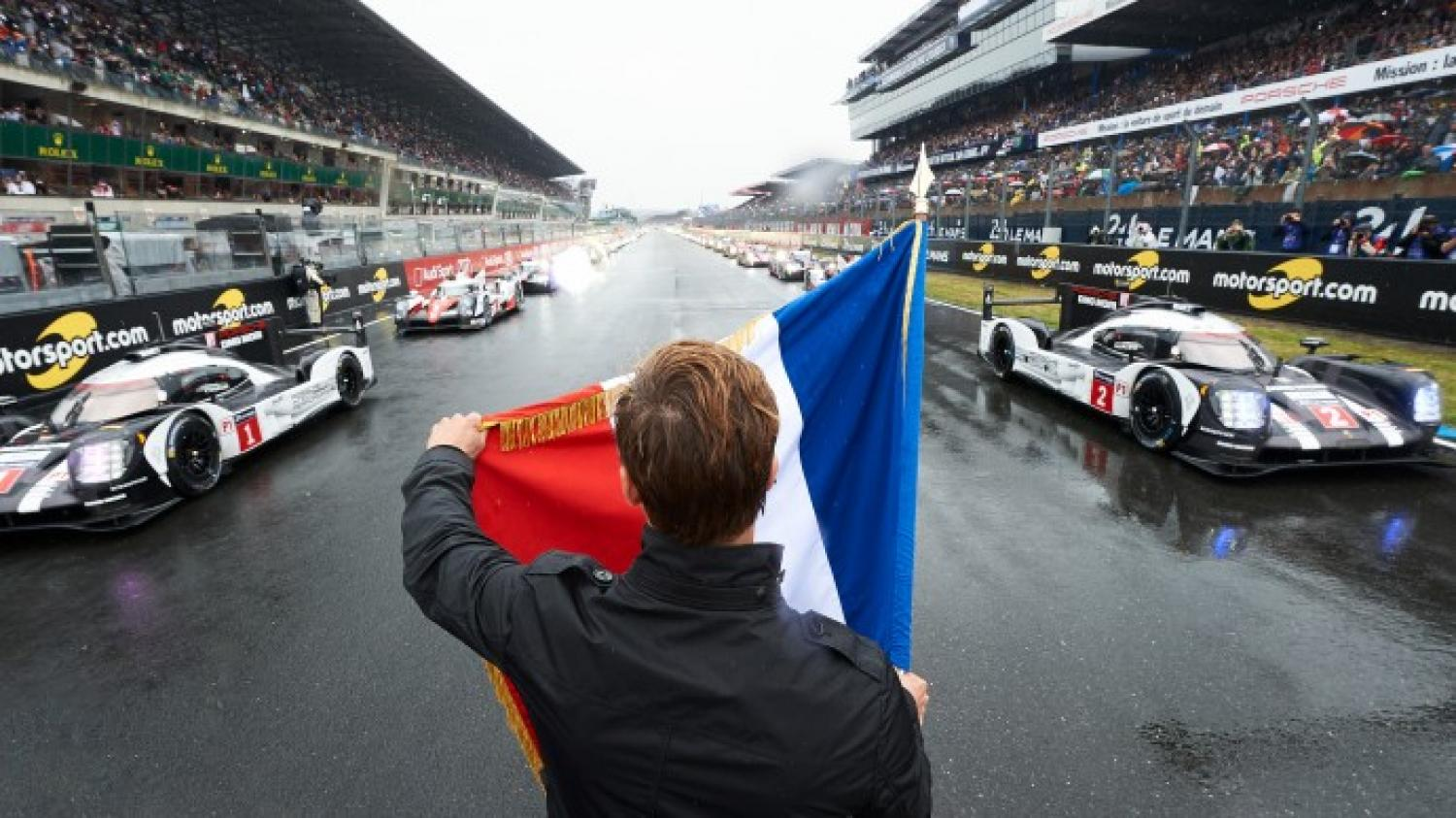 The flag has gone down to start the 24 Hours of Le Mans!