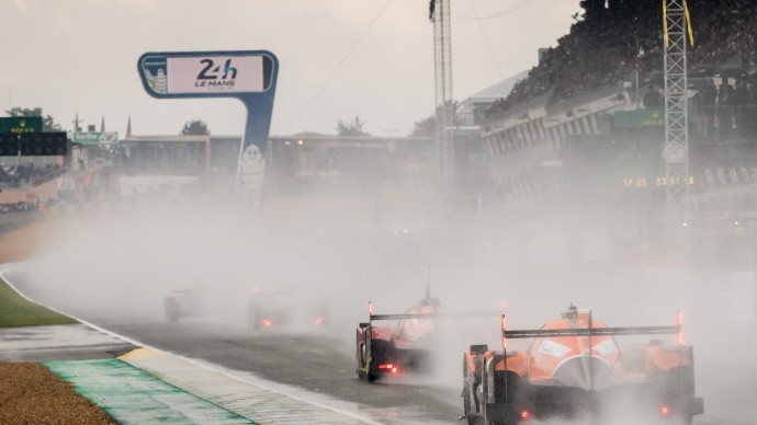 24 Hours of Le Mans - Playing it safe to start