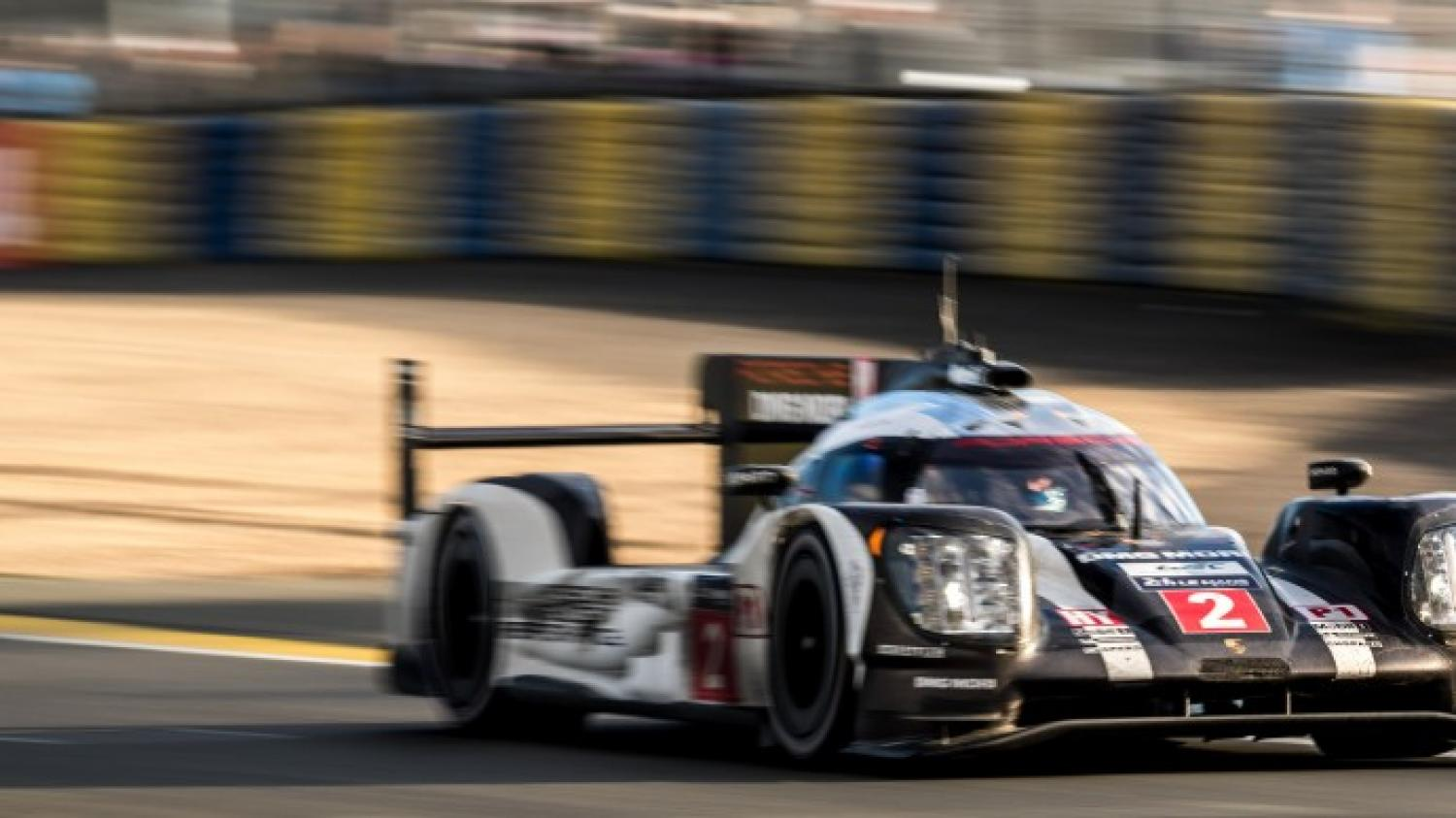 Porsche victorious in the final minutes at the 24 Hours of Le Mans 2016