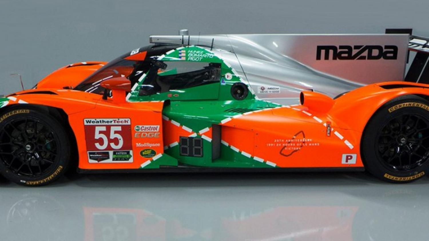 IMSA - Mazda decorates one of its cars in the colours of the 1991 Le Mans winner