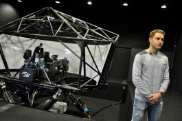 24 Hours of Le Mans : Stoffel Vandoorne put through his paces on the AOTech simulator