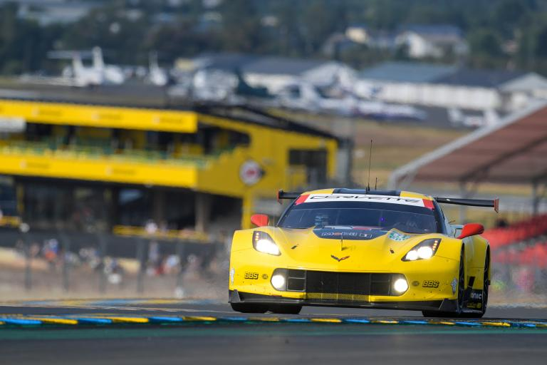 Corvette's mighty roar heard regularly at the 24 Hours of Le Mans since 1960 (video)