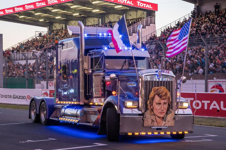 24 Heures Camions: a tribute to Johnny Hallyday