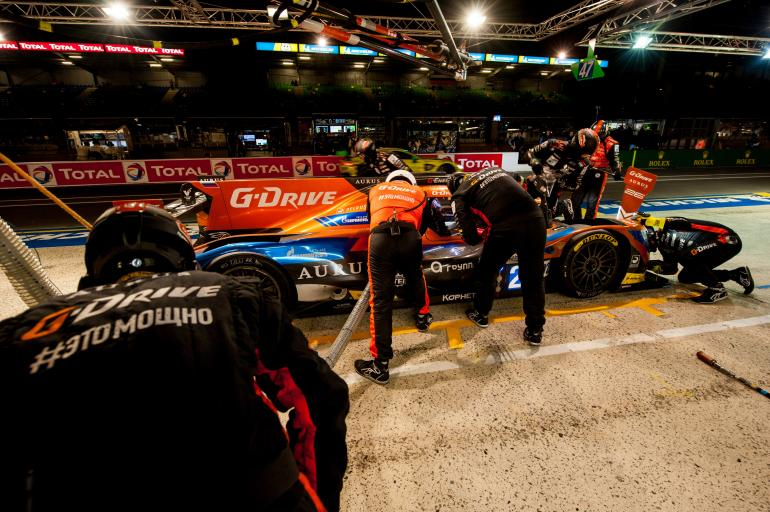 24 Hours of Le Mans – Hour 15 Roundup