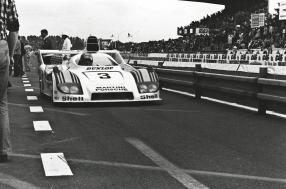 African adventures of two Le Mans legends: Jacky Ickx and Henri Pescarolo