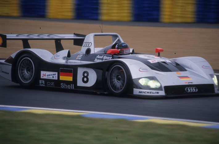 Le Mans 1999 2 Knocked For Six Aco Automobile