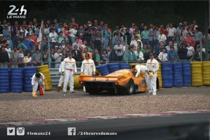 Track Marshals at the 24 Hours of Le Mans (3) – New Forms of Communication