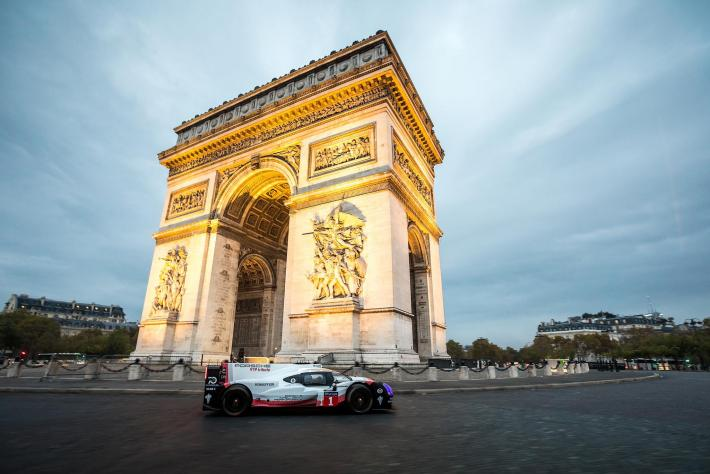 The Porsche 919 Hybrid in Paris: a lap distinctly reminiscent of Le Mans