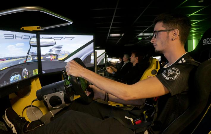 Le Mans 24 Hours drivers take on a professional gamer on a racing simulator